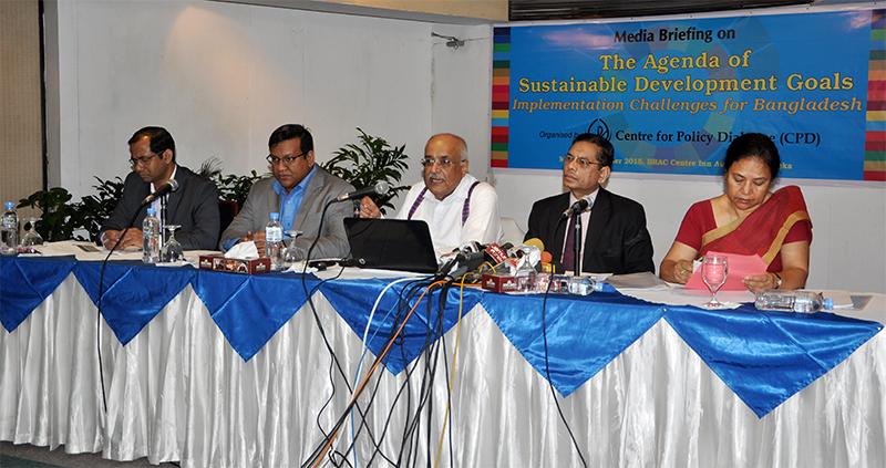 (left) Khondaker Golam Moazzem, Towfiqul Islam Khan, Debapriya Bhattacharya, Mustafizur Rahman and Anisatul Fatema Yousuf